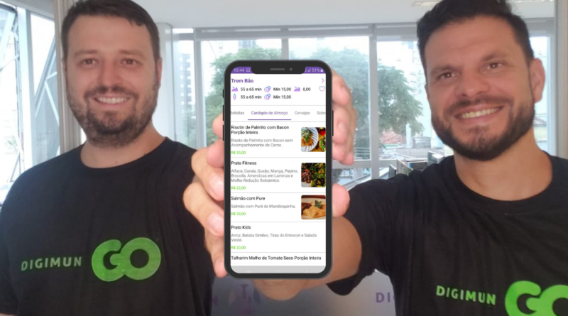 """""""O Diretor Comercial, Bruno Molina Guarda (esquerda) e Pedro Alves, CEO da Digimun (direita) relatam animação na parceria com o Grupo Moderniza"""""""